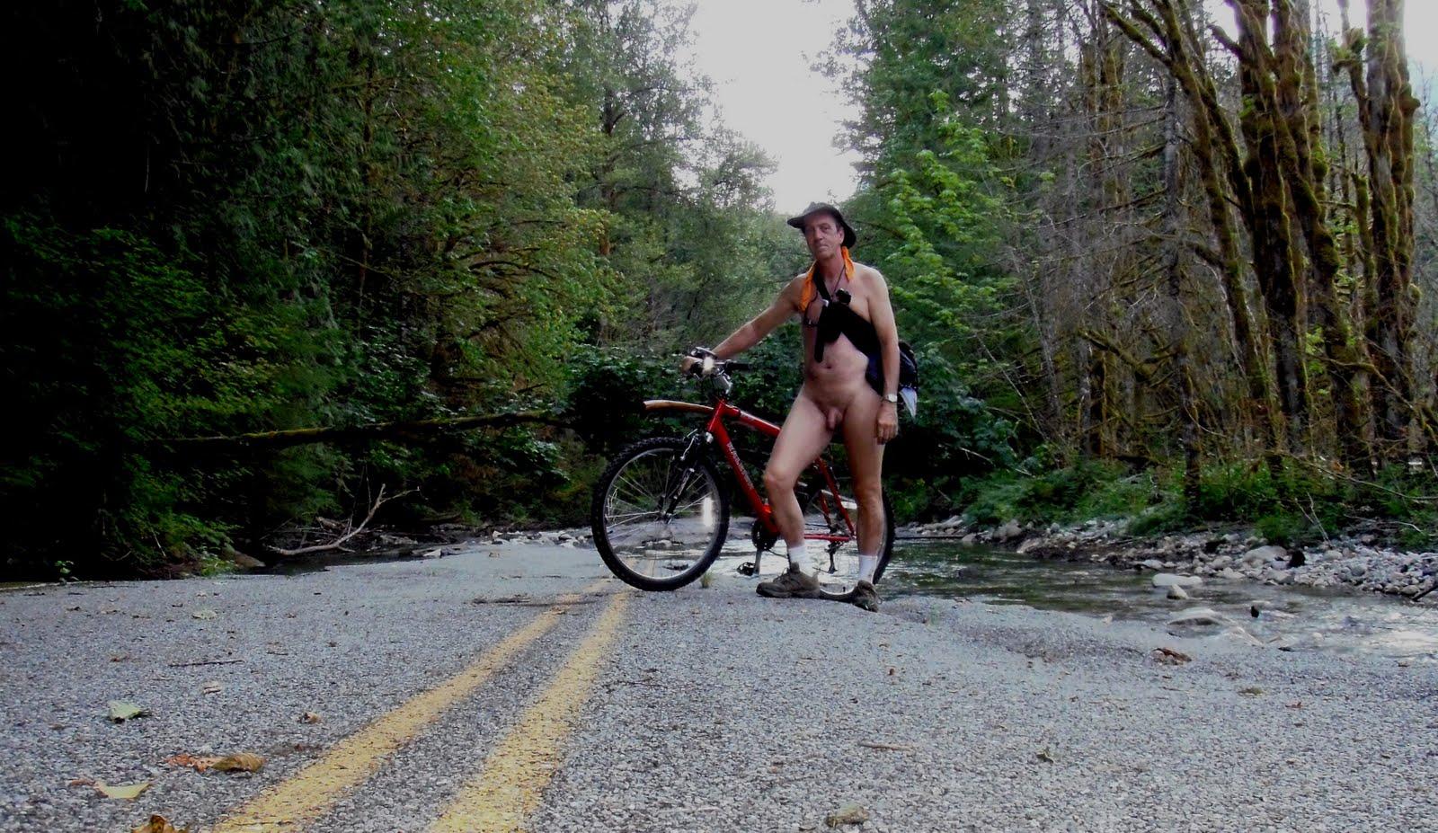 Nude Mountain Biking 118