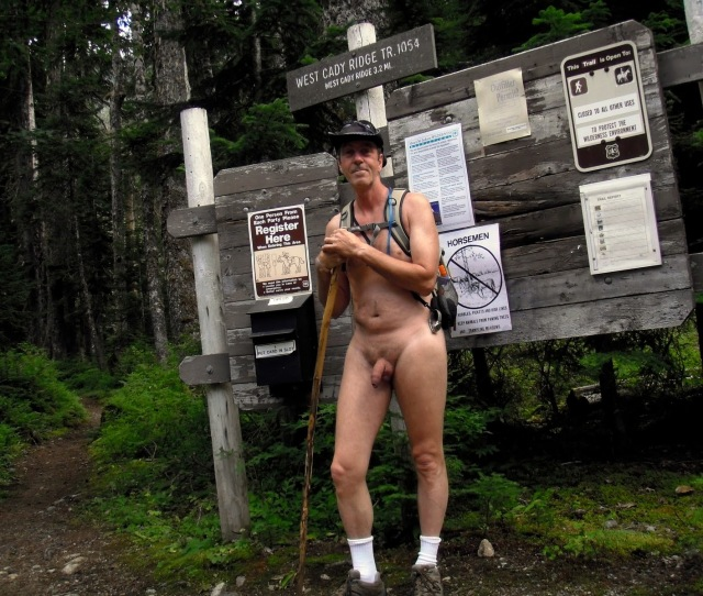 Nude Hiking And Soaking In The Pacific Northwest